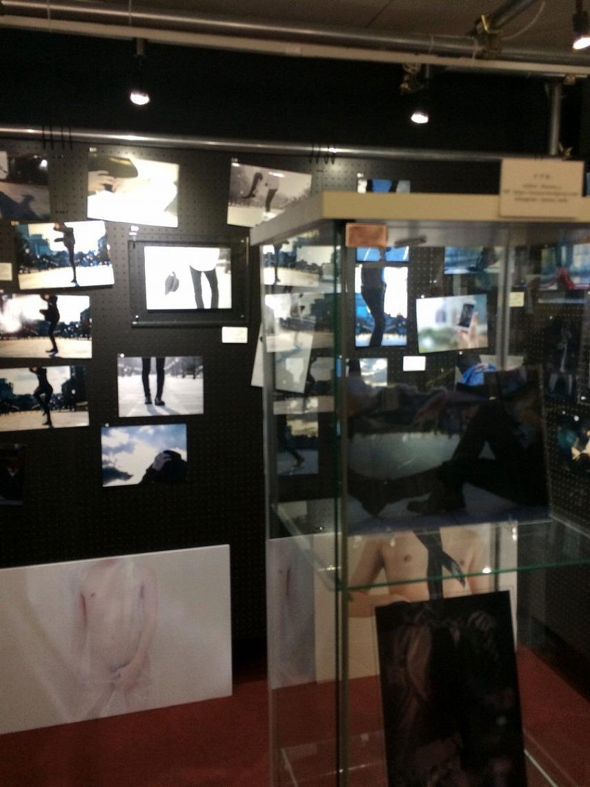 """すず屋。写真展 """"Fake it"""" in 大阪 ayuzu_s 2nd Exhibition Fake it"""